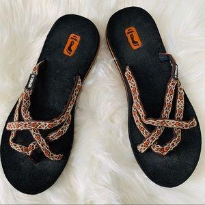 Teva Olowahu Flip Flop Sandals Size 7